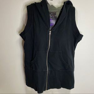 Suzy Sport Hooded Zip up Vest for workout Size XL